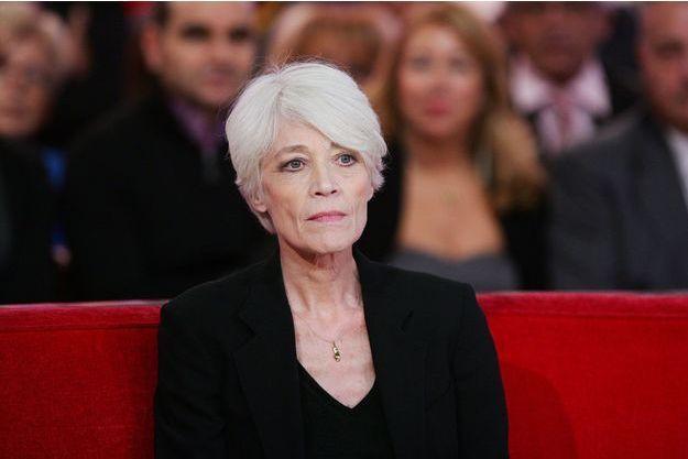 """Françoise Hardy sur le plateau de """"Vivement Dimanche"""" en octobre 2012."""