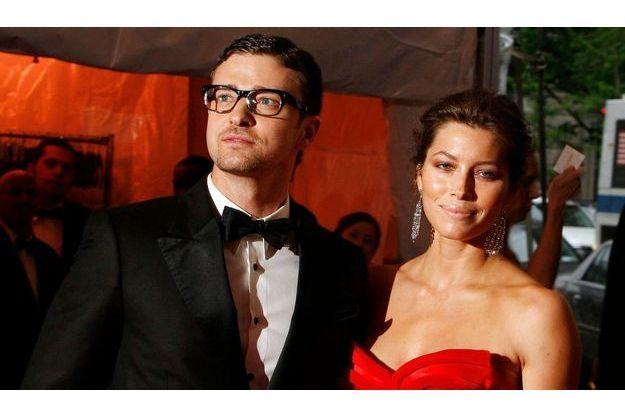 Justin Timberlake aurait été aperçu en train d'embrasser une fille dans un club. Info ou intox ?