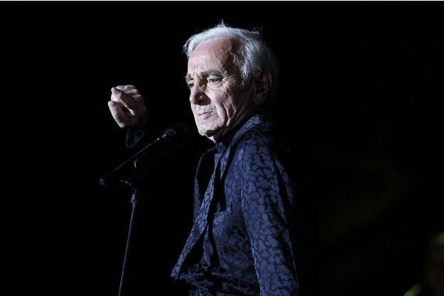 Charles Aznavour sur scène en mars 2013.