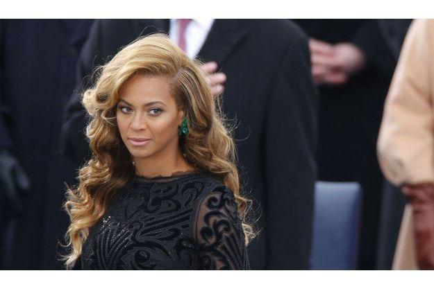 Beyoncé chante lors de l'investiture de Barack Obama.