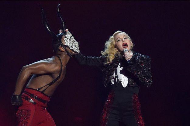 Madonna au BRIT music awards à Londres, le 25 février 2015
