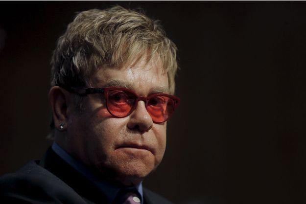 Retour en enfance douloureux pour Elton John