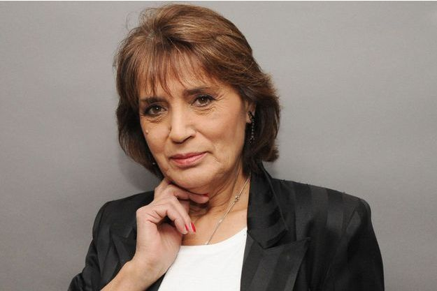 "Linda de Suza lors de l'enregistrement des ""Grands du rire"" à Paris, le 20 novembre 2013"