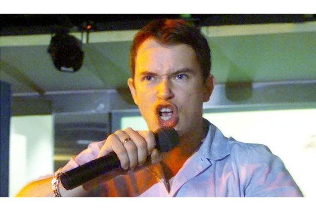 Stephen Gately, lors d'un concert en 2000.