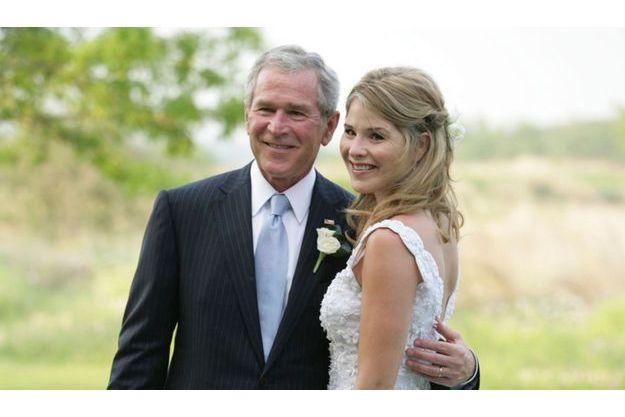 George W. Bush et sa fille Jenna, le jour de son mariage en 2008.