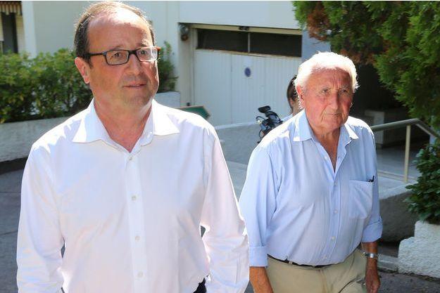 François Hollande et son père George, en août 2014.