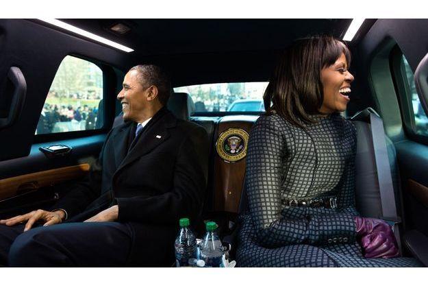 Barack et Michelle Obama dans la voiture les conduisant à Washington pour l'investiture du président en janvier dernier.