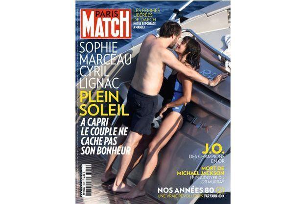 Sophie Marceau et Cyril Lignac, à Capri. Le couple ne cache pas son bonheur.