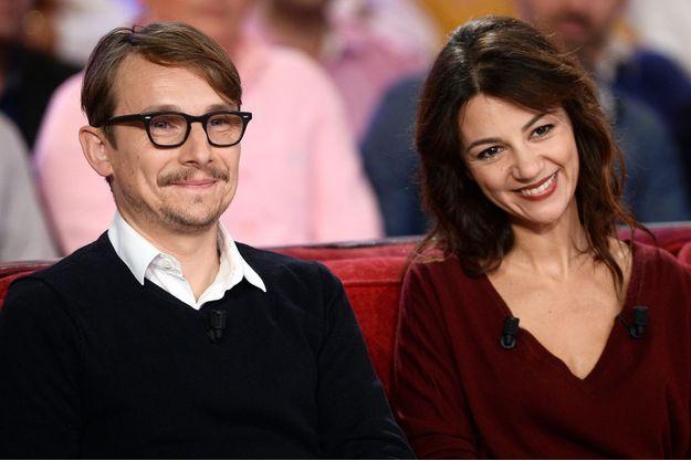 """Lorànt Deutsch et Marie-Julie Baup à l'enregistrement de l'émission """"Vivement Dimanche"""" (France 2) le 6 octobre dernier."""
