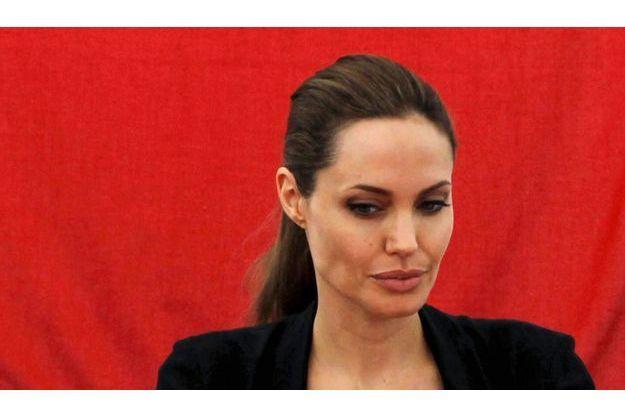 Angelina Jolie et Lady Gaga seraient les deux nouvelles victimes du hacker des stars.