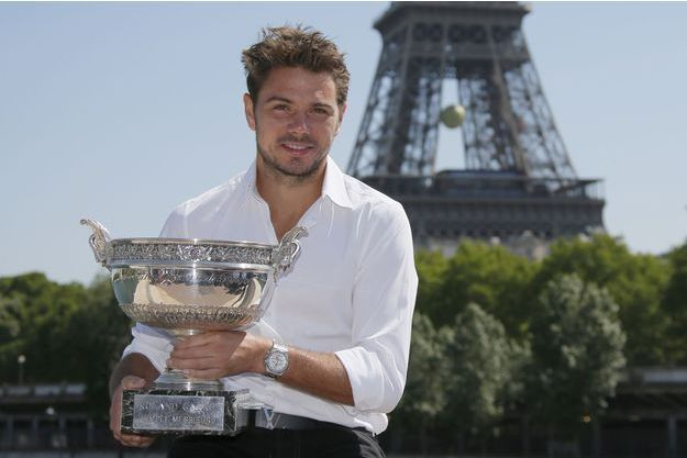 Stanislas Wawrinka et son trophée de Roland-Garros, le 8 juin dernier.