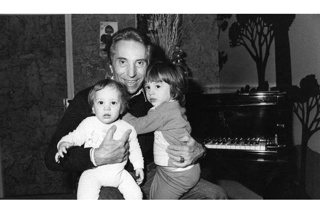 Albert Raisner et ses deux fils, Richard (à gauche) et Rémy (à droite).
