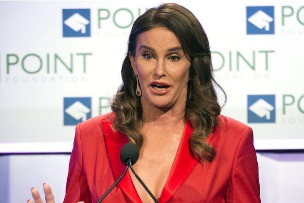 """Caitlyn Jenner donnait un discours lors du gala """"Voices on Point"""" à Los Angeles le 3 octobre dernier."""