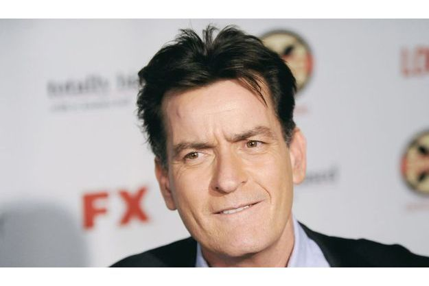 Charlie Sheen va financer l'enterrement du paparazzo tué