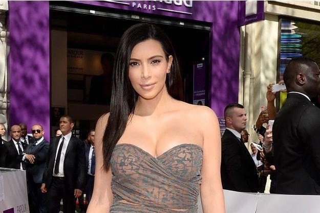 Kim lance à Paris sa ligne de produits capillaires KARDASHIAN BEAUTY HAIR.