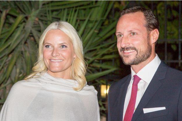 La princesse Mette-Marit et le prince Haakon de Norvège à Amman lors de leur voyage officiel en Jordanie, le 21 octobre 2014