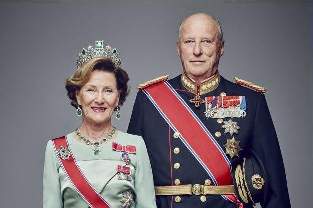 Le roi Harald V de Norvège et son épouse la reine Sonja, en janvier 2016