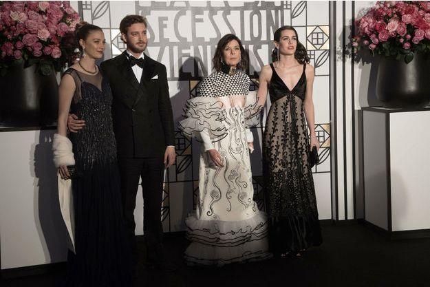 De g. à d. : Béatrice et Pierre Casiraghi, la princesse Caroline de Monaco et Charlotte Casiraghi lors du 63e bal de la rose, le 18 mars 2017.