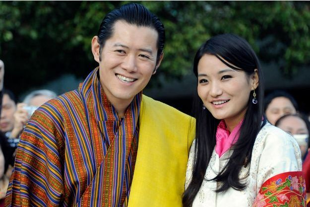 Le roi Jigme Khesar Namgyel Wangchuck et la reine Jetsun Pema au Japon le 17 novembre 2011