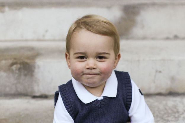 Photo officielle du prince George, Noël 2014, à Kensington Palace.