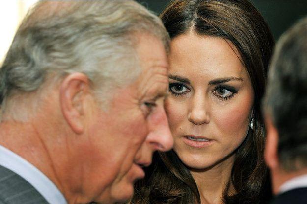 Le prince Charles et duchesse de Cambridge, née Kate Middleton, à la Dulwich Picture Gallery de Londres, le 15 mars 2012.