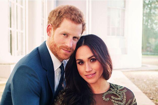 Le prince Harry et Meghan Markle, immortalisés pour leurs fiançailles par le photographe officiel du mariage, Alexi Lubomirski.