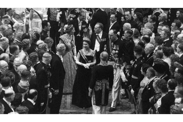 Elizabeth, lors d'un gala donné en 1958.