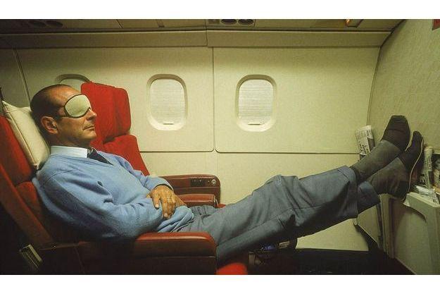 Fervent pratiquant, le président Jacques Chirac (ici dans le Concorde en 1987) a préfacé l'ouvrage de Bruno Comby : « Eloge de la sieste ».