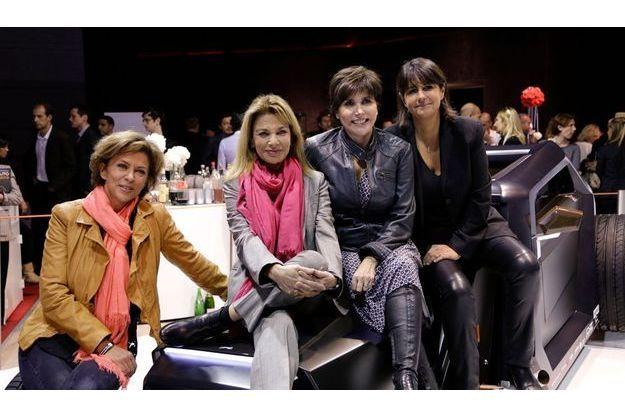 Liane Foly entourée de Corinne Touzet, Nicole Calfan et Valérie Expert (de g. à dr.)