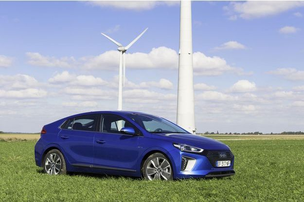 La Hyundai Ioniq hybride est vendue à partir de 26 100 euros.