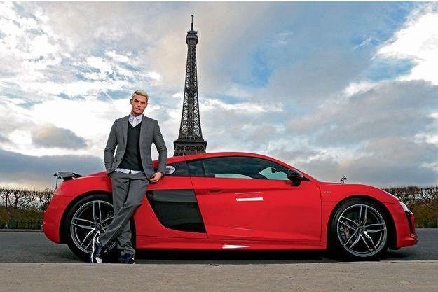 Baptiste Giabiconi conquis par l'Audi R8 V10