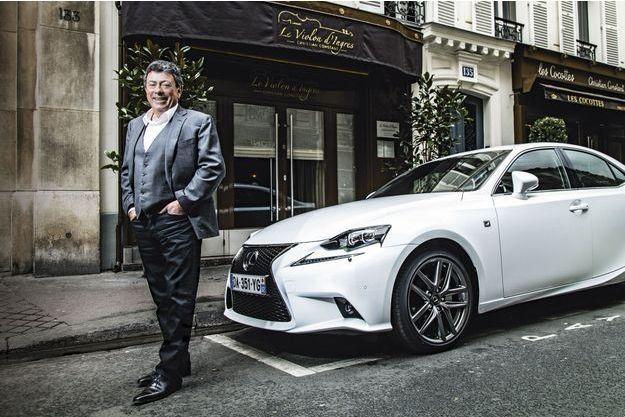 Propriétaire de troisrestaurants à Paris et un à Toulouse, Christian Constant ouvrira un cinquième établissement, début2015, à Montech près de Montauban,  sa ville de naissance.