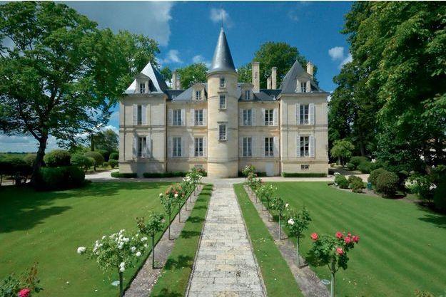 Le délicieux petit château Pichon-Longueville Comtesse de Lalande, à Pauillac. On y produit l'un des très grands crus du Médoc.
