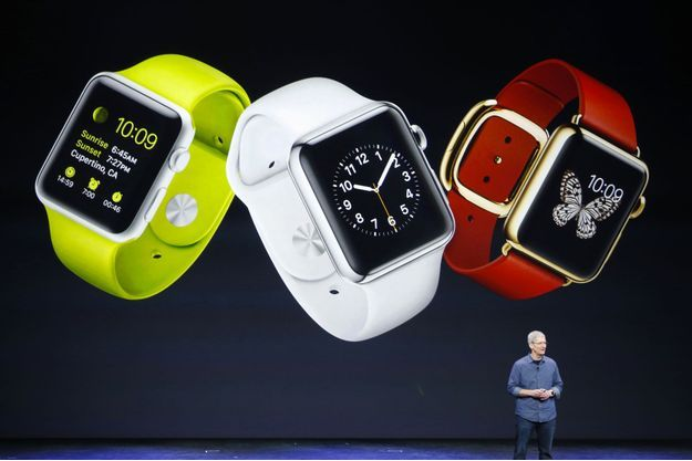 Le PDG d'Apple,  Tim Cook, présentant l'Apple Watch en septembre dernier à Cupertino, en Californie.
