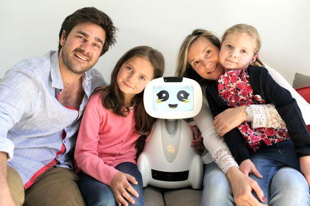 Le robot Buddy en famille
