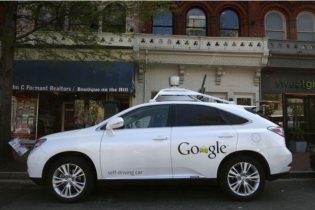 Le modèle RX 450h de Lexus spécialement habilité pour la Google Car