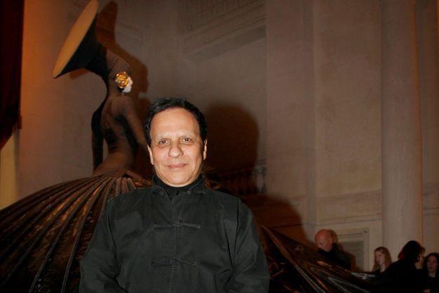 Azzedine Alaïa, lors de la grande rétrospective consacrée à Jean-Paul Goude au musée des Arts décoratifs, en novembre 2011.