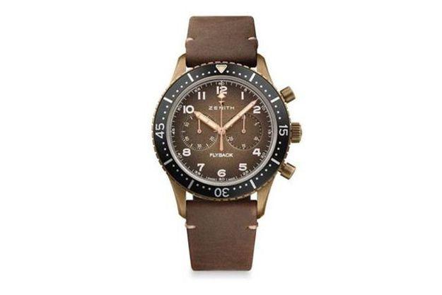 La marque à l'étoile fait renaître son illustre modèle Cairelli des années 1960 avec le chronographe Pilot Tipo Cp-2 Flyback.