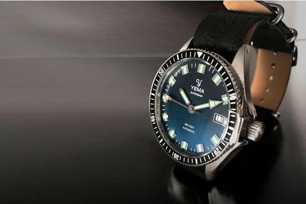 La montre Superman rééditée par Yema.