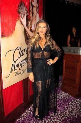 su 2015 Morgane y calendario sexy lanzó Ella Glamour Clara fgb6Yv7y