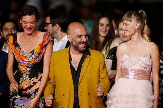 """Gaspar Noé et son équipe avant la projection de """"Love""""."""