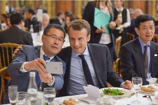 Emmanuel Macron en juin 2015 lors d'une rencontre du Chinese Business Club à l'hôtel Intercontinental.