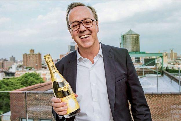 Frédéric Rouzaud, membre de la sixième génération, est entré dans l'entreprise familiale en 1996.