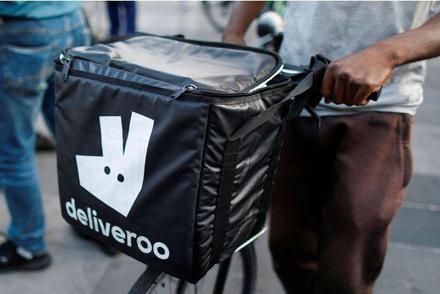 Des livreurs Deliveroo en grève, début août à Paris.