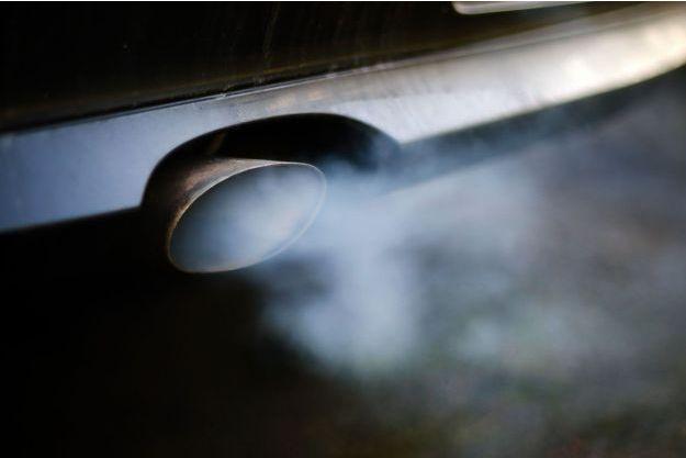 Le Parlement européen souhaite imposer aux constructeurs automobiles une réduction de 40% des émissions de CO2 d'ici 2030.