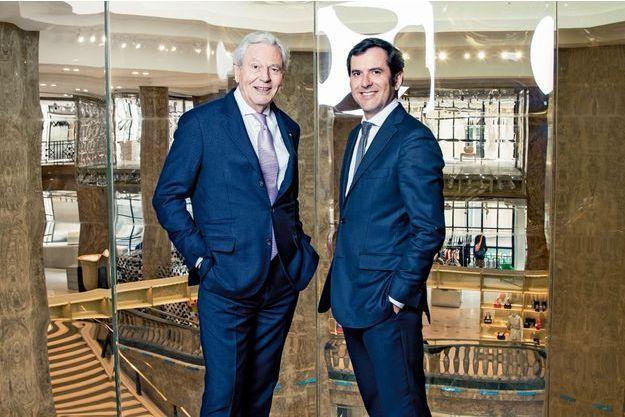 Philippe et Nicolas Houzé, dans le nouveau magasin de l'avenue des Champs-Elysées, le 20 mars.
