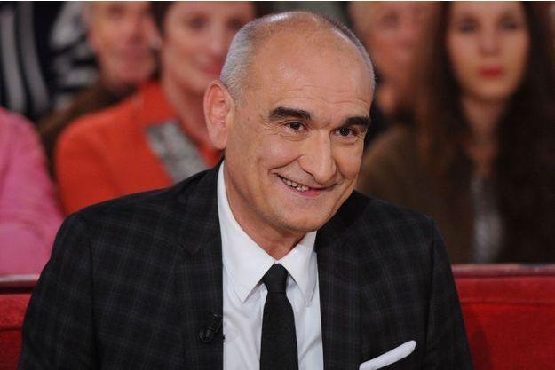 """Pascal Nègre en novembre 2014, sur le plateau de """"Vivement Dimanche""""."""