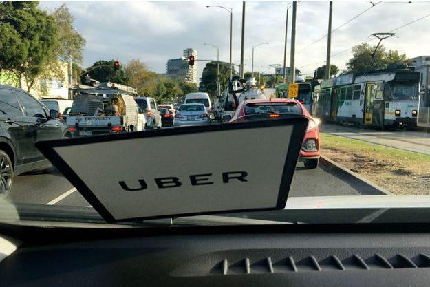 A bord d'un véhicule Uber, le 4 avril, à Melbourne, en Australie.