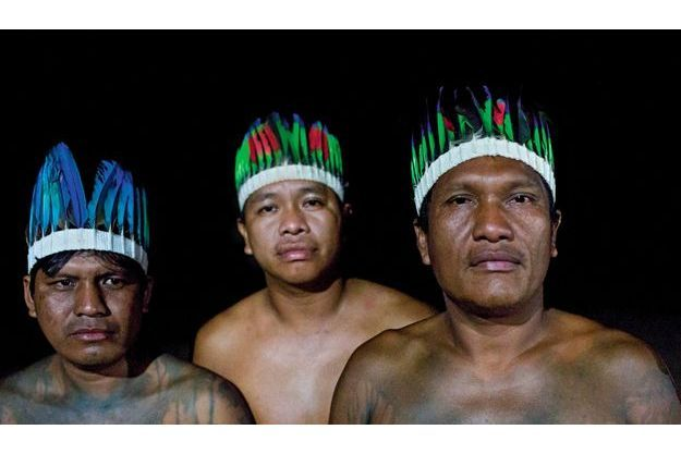 Divisés, blessés, égarés, Federico, Sylvio et Maximo se sont confiés à nos reporters qui les ont rencontrés sur place, dans l'Etat du Maranhão, à l'extrême est de l'Amazonie brésilienne.