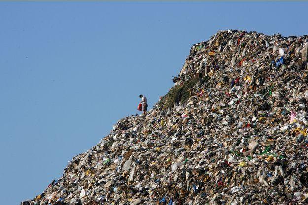 Une montagne de déchets au Liban.